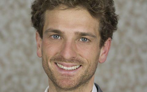 Dr. Marius Thye